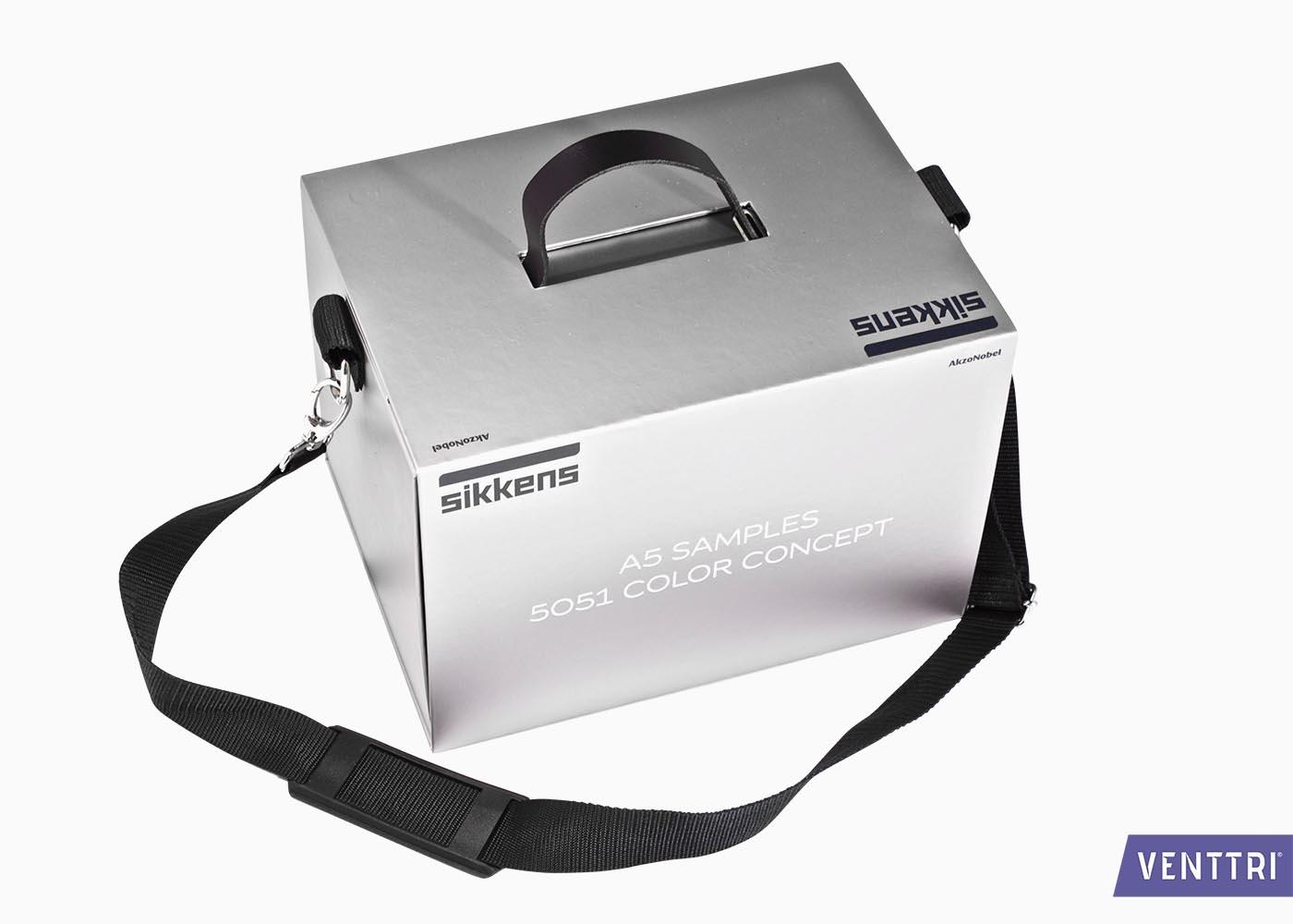 Stalenkoffer met draagband 1
